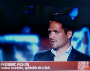 """Pichon, présenté comme un """"spécialiste"""" de la Syrie."""